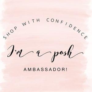 Shop with confidence! I'm a posh ambassador! 🌟